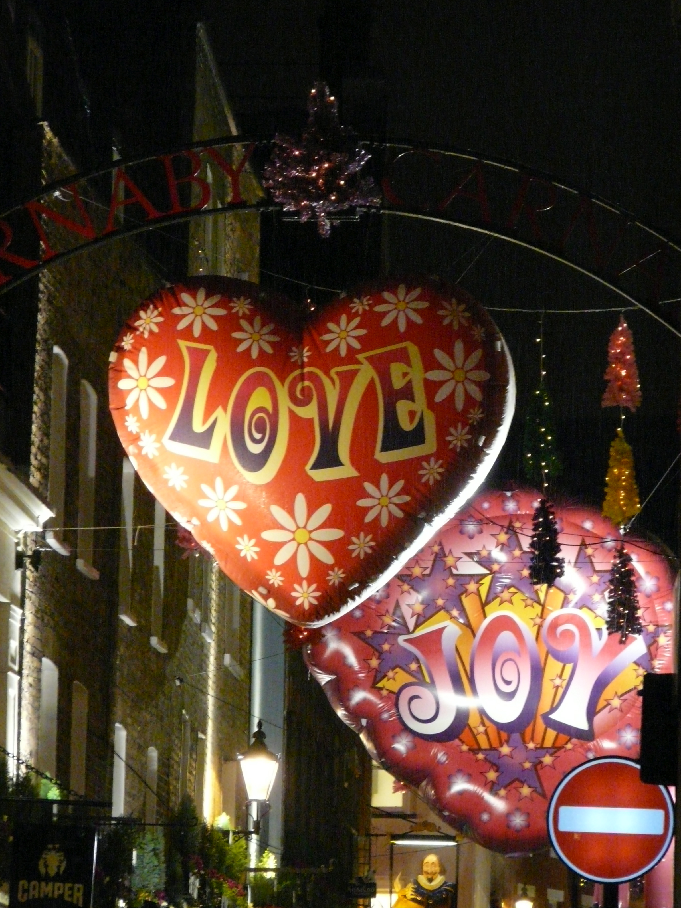 Christmas decorations around the world british expats for Christmas decorations near me